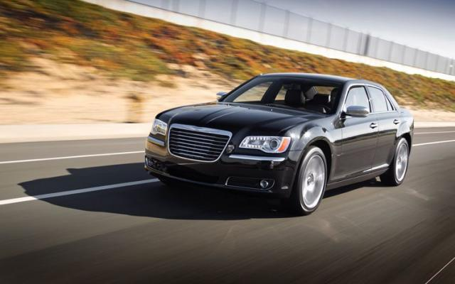 cars max blog: 2011 chrysler 300 srt8 photos