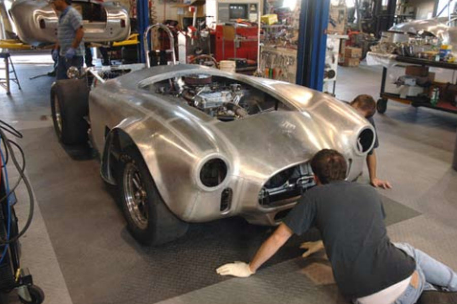 Shelby Cobra by Kirkham Motorsports | AmcarGuide com