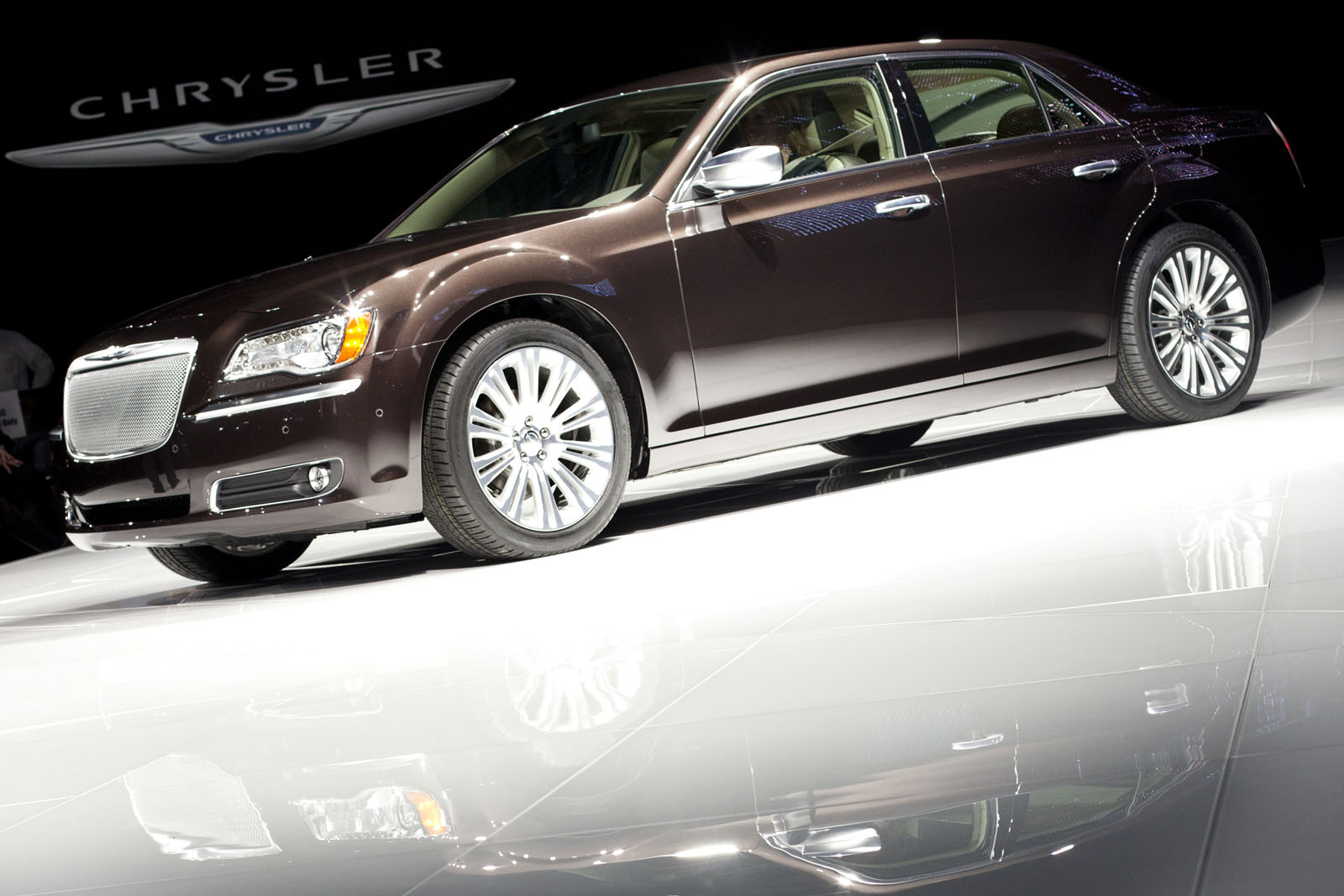 2012 Chrysler 300C Executive
