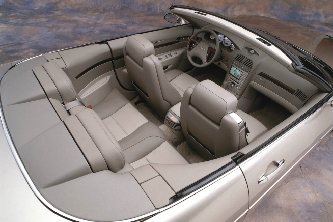 2000 chrysler 300 hemi c convertible concept 07