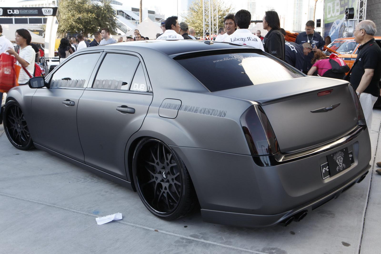 Random Snap Custom 2011 Chrysler 300 Amcarguide Com