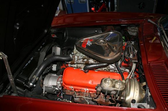 Corvette Sting Ray Tri Power Tripower Bruce Willis Engine