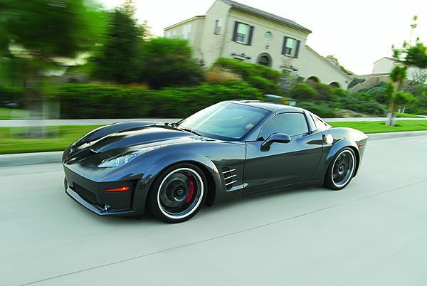 Corvette conspiration theory: 2013 Stingray vs custom 2010 Stingray | AmcarGuide.com - American ...
