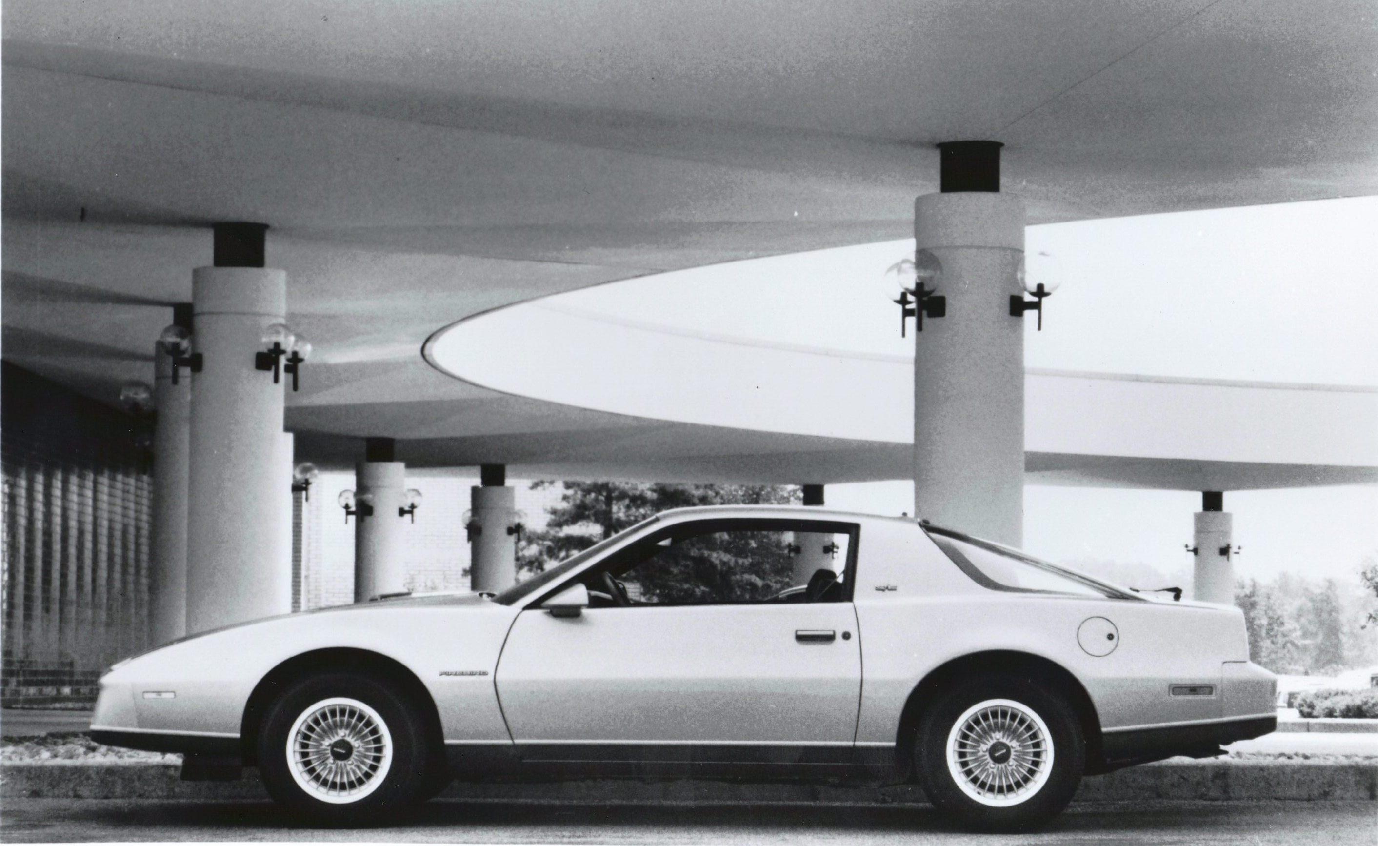 Pontiac Firebird 1982 1992 3rd Generation Chevy Camaro Wiring Schematic 1983 Se 2