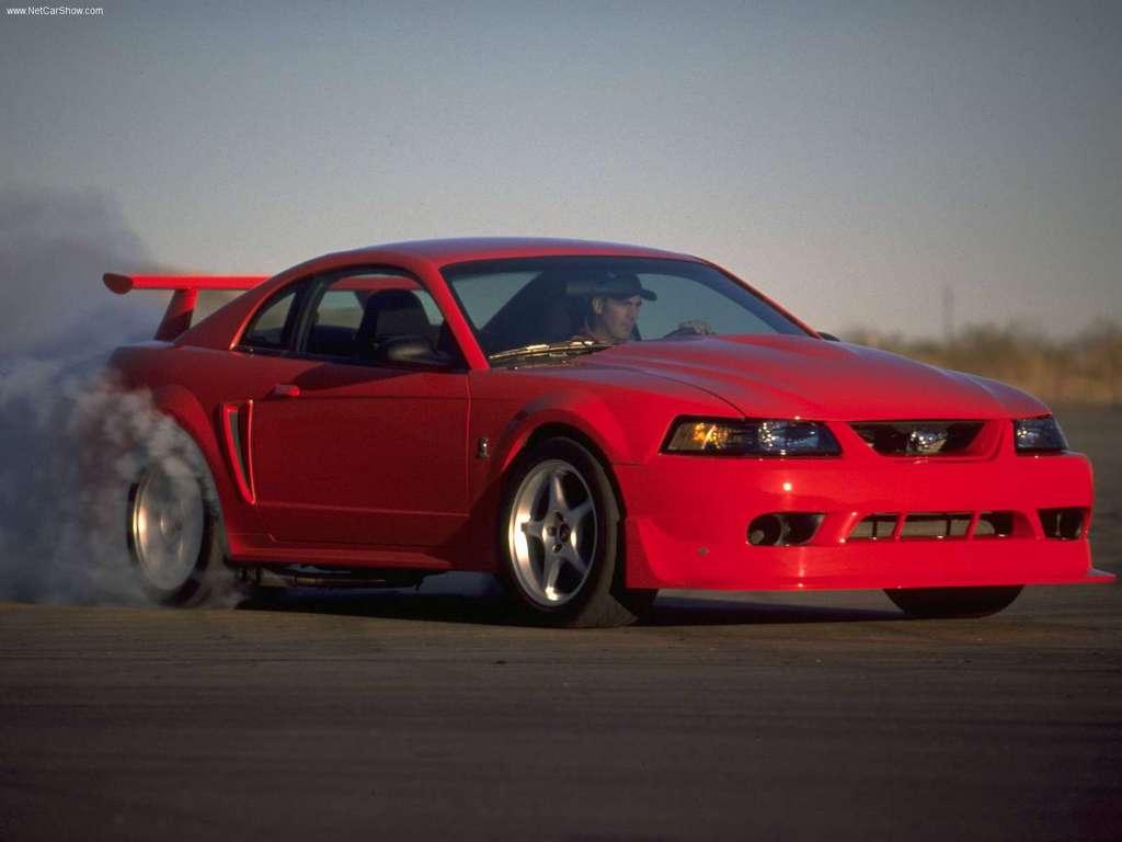 Ford Mustang Svt