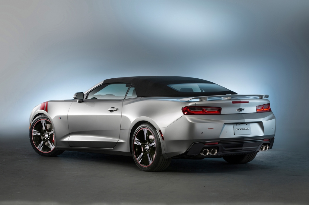 Meet two more customized camaro ss cars that chevy is bringing to 2015