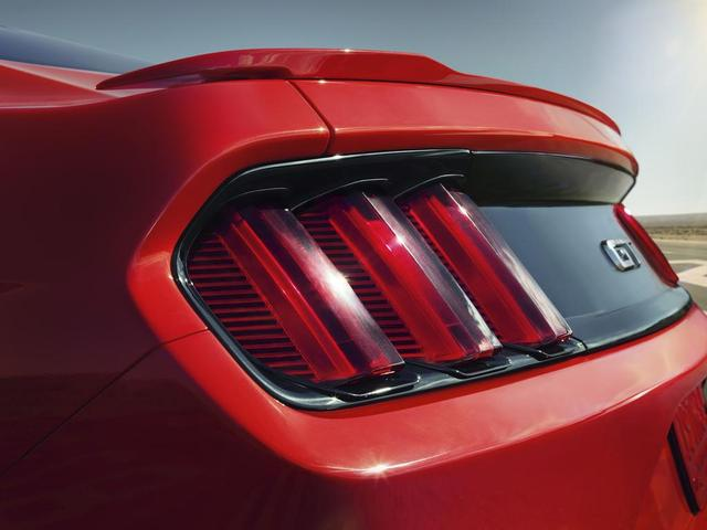 2015 Mustang Photos And Videos Amcarguide Com