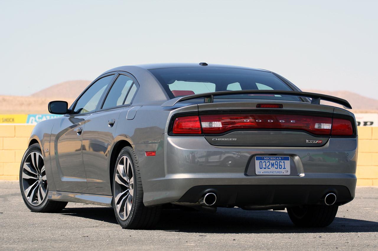 Chrysler U2019s 2012 Srt8 L