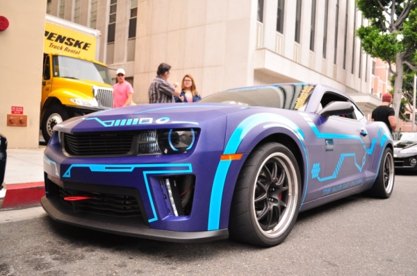 Camaro Painted In Tron Theme Amcarguide Com American
