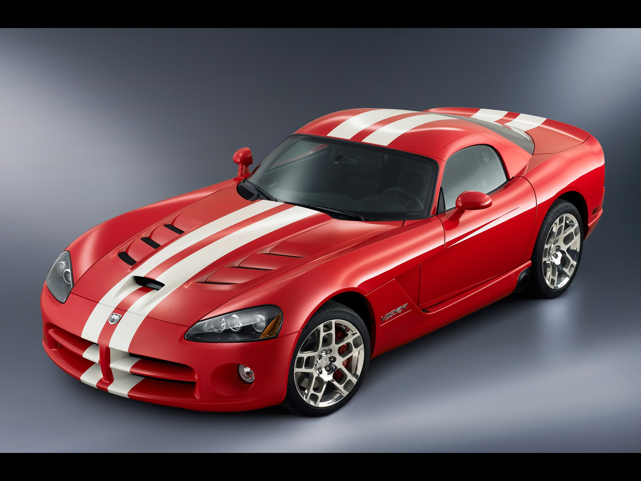 Dodge viper srt10 coupe front