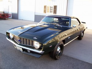6-1969-chevrolet-camaro-ZL1-427-cubic-430-HP-4-speed
