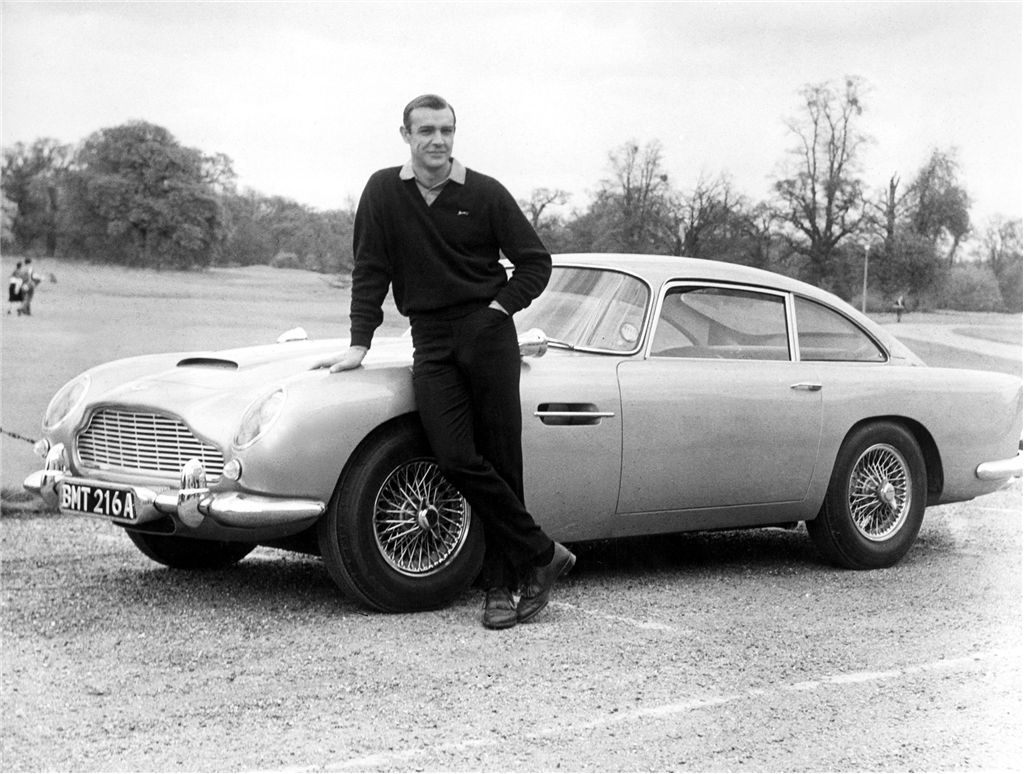 aston-martin-db5-james-bond-movie.jpg
