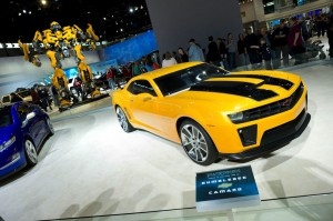 Transformers Autobot Towers Over Chicago Auto Show Crowd