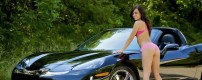 28-muscle-car-girls-corvette