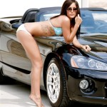 32-muscle-car-girls-dodge-viper