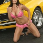 54-muscle-car-girls