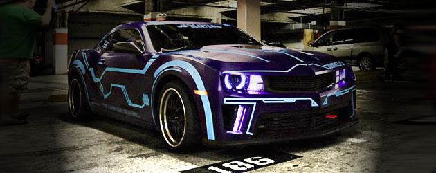 Camaro painted in Tron theme