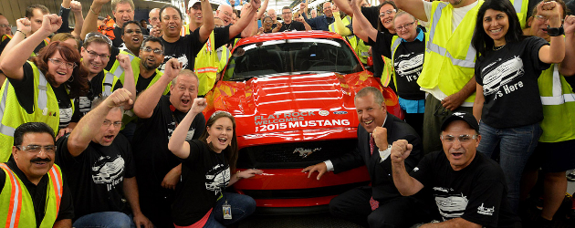 ford-starts-2015-mustang-production