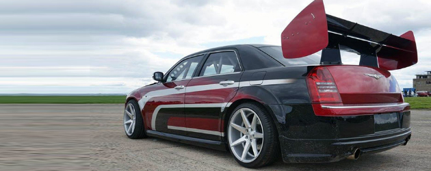 Chrysler 300C drifter swapped with Viper V10